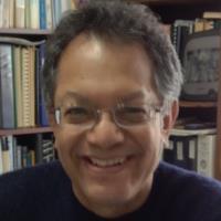 Dr. Salvador Acha Daza