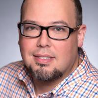 Manny Linhares